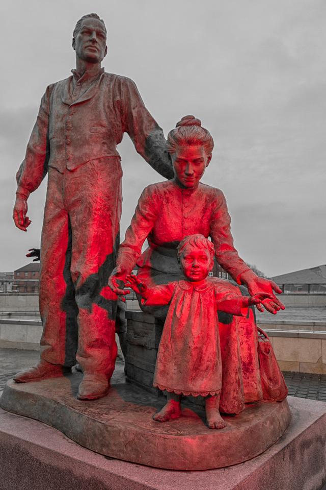 Neil Hadlock's Immigration Statue